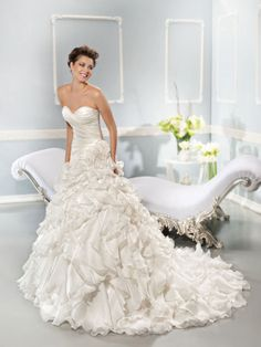 Cosmobella Robe de mariée - Collection 2014