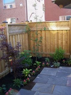 Backyard Landscaping | Simple backyard landscaping: Deal with your small backyard | Kris ...