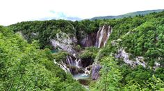 51 pics which makes you want to visit Croatia NOW! Reasons to visit Croatia. Plitivice Lakes, Zadar, Zagreb, Dubrovnik, Game of Thrones. Cheap European Destinations, Holiday Destinations, Dubrovnik, Hiking Europe, Travelling Europe, Visit Croatia, Senj Croatia, Carpathian Mountains, Plitvice Lakes National Park