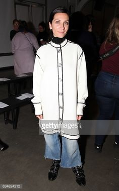 http://media.gettyimages.com/photos/elizabeth-cabral-attends-the-a-detacher-show-during-new-york-fashion-picture-id634824212?s=594x594