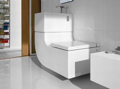 W+W contemporary toilets by Roca - washbasin plus water closet - saves, filters and chemically treats sink water to reuse for flushing the toilet Sink Toilet Combo, Toilet Sink, Flush Toilet, Toilet Bowl, Home Interior, Interior Decorating, Contemporary Toilets, Space Saving Bathroom, House Design Photos