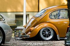 VW Caffer - Custom wheels