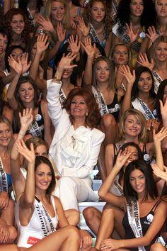 Arriva al traguardo degli 80 la donna che è diventata l'icona dell'italianità…