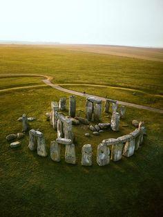 Stonehenge. Photograph by Jason Hawkes, National Geographic.  http://travel.nationalgeographic.com/travel/world-heritage/stonehenge/
