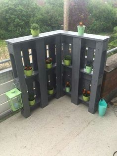 Diy Pallet Projects, Outdoor Projects, Garden Projects, Wood Projects, Outdoor Decor, Pallet Ideas, Diy Garden, Pallet Patio, Pallets Garden