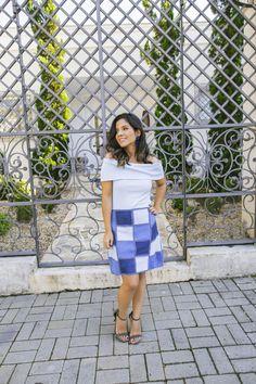 Look todo azul com saia de patchwork
