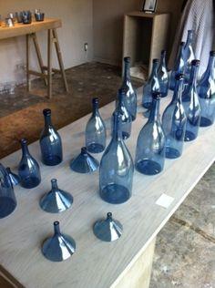 辻和美 Basement Laundry Area, Home Canning, Old Bottles, Blue Bottle, Kazumi, Sculpture, Vases, Pattern, Craft