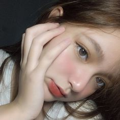 Ulzzang Hair, Ulzzang Korean Girl, Cute Korean Girl, Cute Asian Girls, Asian Eye Makeup, Korean Makeup, Light Makeup Looks, Petty Girl, Mode Chanel
