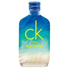 Calvin Klein CK One Summer 2015 Eau de Toilette: http://www.parfumwebshop.nl/calvin-klein-ck-one-summer-2015-eau-de-toilette-100ml-8424#prettyPhoto
