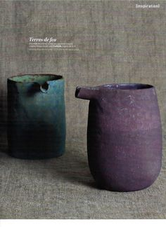 I love the dull texture and the subdued colours of these understated pots. ● Nobue Ibaraki ceramics ● simplicity of glaze with form and function Ceramic Pitcher, Ceramic Tableware, Ceramic Clay, Ceramic Pottery, Pottery Art, Wabi Sabi, Japanese Ceramics, Japanese Pottery, Earthenware