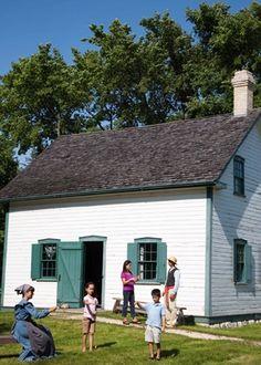 Riel House National Historic Site (Parks Canada) - St. Vital - Winnipeg Region - Destinations - Joie de Vivre