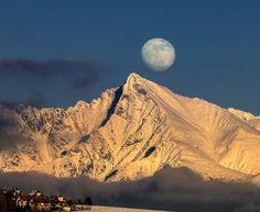 Krivan&moon by karol6 on 500px
