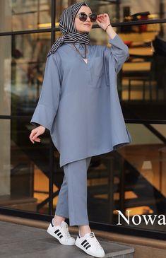 - Katharina Home Modest Fashion Hijab, Modern Hijab Fashion, Casual Hijab Outfit, Hijab Fashion Inspiration, Mode Inspiration, Casual Outfits, Fashion Outfits, Hijab Dress, Iranian Women Fashion