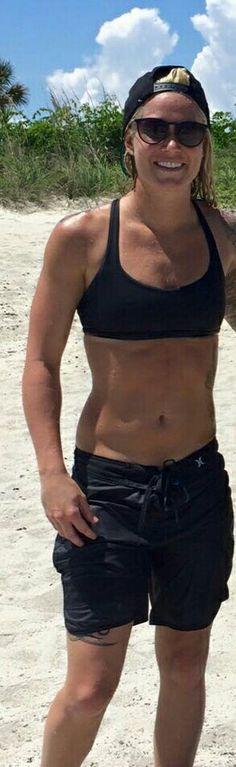 Good gawd! #AshlynHarris #SnapbacksAndTattoos #tattoos #goddess #SheIsAKeeper #SuperBlondeAndSuperHot #sheishotaf #inked #tomboy #keeper #WashingtonSpirit #bae #USWNT #TeamUSA #threestars #USA #OneNationOneTeam #Nike #hurley #soccer #SurferChick #ussoccer #abs #thatbodytho