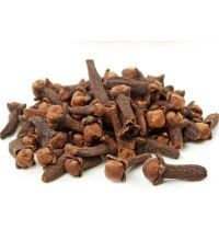 Without fail I chew dried cloves! Specially went to the doctor to say thanks . The healing properties of cloves are widely used in Chinese medicine. This fragrant spice can cure many diseases due to Marathon Training Diet, Dog Food Recipes, Healthy Recipes, Diet Chart, Healing Herbs, Chinese Medicine, Diet Motivation, Medicinal Plants, Herbs