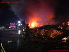 BF Wien: Lagerplatzbrand #feuerwehr #firefighters