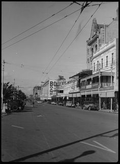 Wellington St east from William St, Perth, The Globe Hotel and Bairds Department Store at right Lost Hotel, Wa Gov, Perth Western Australia, Department Store, Capital City, Old Pictures, Melbourne, Past, Globe