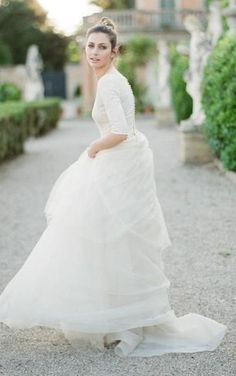 ee5e1194f16 Scoop Lace Tulle T-shirt Half Sleeve Wedding Gown Tulle Skirt Wedding Dress