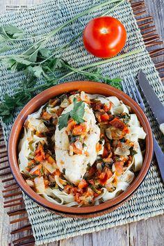 Pechugas de pollo en salsa de jitomate y perejil. Receta