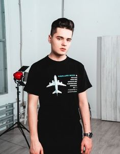 Celebrity Crush, Cute Boys, Singers, Boy Or Girl, Celebrities, Mens Tops, T Shirt, Image, Fashion