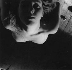 Francesca Woodman/ On being an angel, 1977