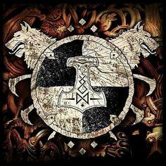 Community about Norse Mythology, Asatrú and Vikings. Viking Power, Viking Shield, Viking Life, Viking Art, Viking Warrior, Pagan Gods, Norse Pagan, Norse Mythology, Norse Goddess