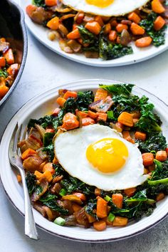 This savory roasted carrot, bacon and kale hash is great as a side dish or for breakfast topped with fried eggs! It's a lower carb alternative to the classic sweet potato hash and just as delicious. Paleo and Whole30 compliant, simple to make.