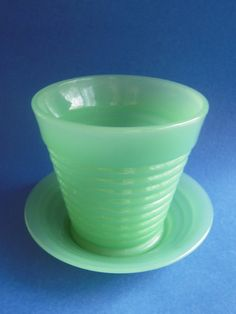 Vintage Jadite Glass Ribbed Flowerpot & Matching Underplate