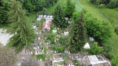 Biserica veche și cimitirul din satul Budele, com. Tetoiu, jud. Vâlcea. Bude, Stepping Stones, Make It Yourself, World, Outdoor Decor, Stair Risers, The World