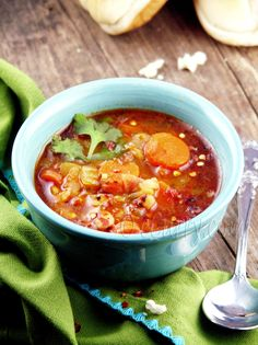 Curried Navy Bean Soup @FoodBlogs