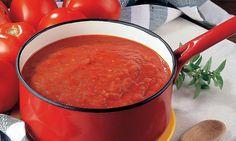¿Sabes cómo quitar la acidez de la salsa de tomate? #Salsa_de_tomate_menos_ácida #recetas #truco #cocina #consejo #salsa #tomate #acidez #miel #azúcar #muymaduros