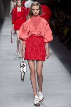 Fendi Spring 2016 Ready-to-Wear Collection Photos - Vogue