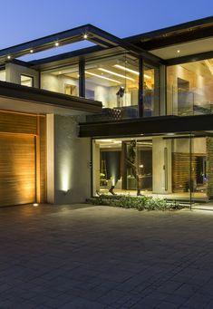 Contemporary House in Blair Athol