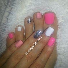 .@MissJenFABULOUS | Gave myself a new mani/pedi dont mind my messy toes! ;) #manicure #pedicure ... | Webstagram - the best Instagram viewer