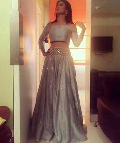indian fashion Sari -- Click VISIT link for more info Red Lehenga, Lehenga Choli, Anarkali, Lehenga Blouse, Bridal Lehenga, Pakistani Outfits, Indian Outfits, Indian Wedding Outfits, Emo Outfits