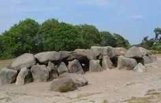 Verblijf je op één van onze parken in Drenthe, dan is een bezoek aan de Hunnebedden zeker de moeite waard!