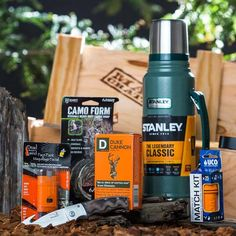 Whether you're a rifler, bowhunter, trapper, or animal private investigator, the Hunting Crate will keep you unscented and unseen.