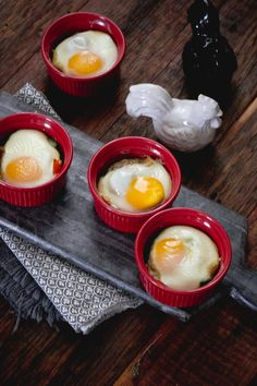 Baked Eggs with Asparagus and Spinach *Try using different vegetables for the fillings