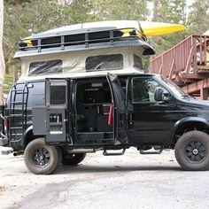 the best designs of vans for camping and adventure in the woods and snow - Camper Life 4x4 Van, 4x4 Camper Van, Camper Life, Truck Camper, Ducato Camper, Kangoo Camper, Kombi Motorhome, Vw Lt, Kombi Home