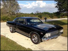 Just don't make them like the old days: Photo 1966 Chevelle Ss, Chevrolet Chevelle, Custom Muscle Cars, Best Muscle Cars, Sexy Cars, Cool Cars, Dream Cars, Classic Cars, Motorcycles