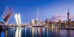 Auckland: La mezcla de culturas ancestrales y modernas, el cruce de culturas europeas y de las Islas del Pacífico dan a las ciudades de Nueva Zelanda un singular encanto cosmopolita.  Puedes elegir entre cuatro programas diferentes combinando clases de inglés,  actividades y excursiones,  estancia de familia, inmersión total en familia,  y voluntariado.    #WeLoveBS #inglés #idiomas #Auckland #NuevaZelanda #NewZealand #Voluntariado #Social