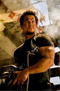 Directed by Michael Bay and starring Mark Wahlberg, Nicola Peltz, Jack Reynor, Stanley Tucci and Kelsey Grammer, Transformers: Age of Extinction movie is set to be released on June 27th, 2014.