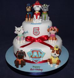 Does your child love Paw Patrol? As we want to make them happy on their birthday we have collected some inspirational pictures for Paw Patrol themed birthday cakes.