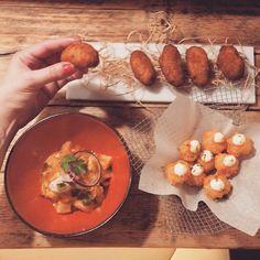 Cumplir años con amigos en @manorotabcn es MUY bien! Lloraría de felicidad!  #siconmisamigos #happybirthday #cumpleaños #benditalamanorota #igers #igersbcn #instafood #igerscatalonia #food #foodie #foodiepower #foodiesunited #bcnfoodieguide