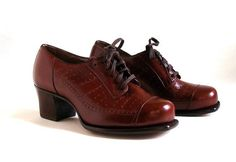 Vintage Women Shoes Oxford Lace-Up's Unworn by bootsiesvintage | 1940s vintage shoes | 40s