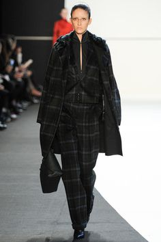 Akris Fall 2014 Ready-to-Wear Collection Slideshow on Style.com