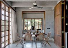 El diseño y estilo de esta casa em hormigón y madera ubicada en la India te sorprenderá... Detalles e ideas poco comunes...