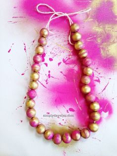 Chic Spray Paint Necklace DIY