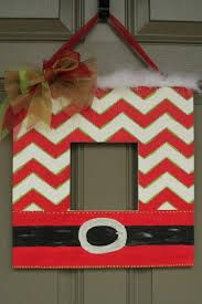 Cutting Edge Stencils shares DIY stenciled wall art for a mantel and door decor ideas to help you decorate for the holidays! Stencil Wall Art, Stencil Fabric, Stencil Diy, Stenciling, Cutting Edge Stencils, Christmas Picture Frames, Christmas Pictures, Stencil Templates, Stencil Designs