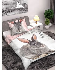 This cute Bunny Rabbit single duvet cover set features a photographic image of an adorable grey bunny rabbit on a grey fur image background, whilst the reverse of the duvet cover has a pink fur image. Free delivery available